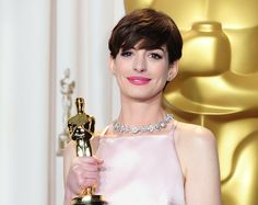 METCOTAINMENT: Anne Hathaway to present Oscars