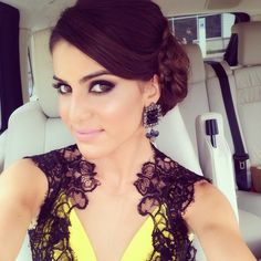 Makeup by ME, hair by @lucinhabarteli  (Vestido @barbarabela, brincos @ludoraboutique). #casamento #wedding - @makeupbycamila- #webstagram