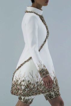 Chanel haute couture fashion | #white #sparkle