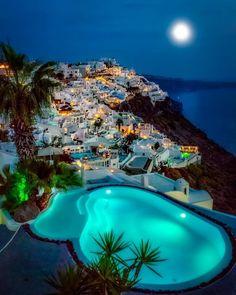 Santorini Villas By: . … Santorini Villas 😍 By: . Vacation Places, Vacation Trips, Dream Vacations, Vacation Spots, Italy Vacation, Beautiful Places To Travel, Cool Places To Visit, Wonderful Places, Places To Go