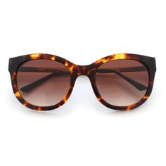 The Thierry Lasry | Lively offers a soft cat-eye shape for women that is made out of fine acetate and titanium. Available in 2 colors.