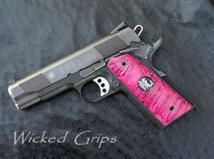 Pink 1911......I want this gun.