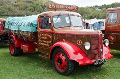 Bedford K Big Trucks, Pickup Trucks, Classic Trucks, Classic Cars, Vauxhall Motors, Bedford Truck, Old Commercials, Heavy Truck, Commercial Vehicle