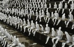 """""""Berlin, Germany: 1,000 ice sculptures melted under the Berlin sun as symbols of the effects of climate change"""""""