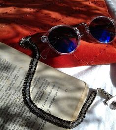 elegancaa • Follow Like Comment 42 likes elegancaaM o r n i n g 🌺 with these Eleganca pieces. elegancaa#fashion #fashiondesigner #fashioninspiration #fashionph #fashions #fashionblogger #fashionshop #styles #styled #blogger #bloggers #blogger_de #potd #ootd #ootn #instagram #instago #instafashion #dresses #morning #newyear #cozy #holiday hstlandhrtAmazing! DECEMBER 26, 2017