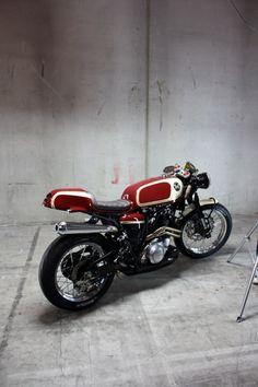 XT600 Cafe Racer 2/2