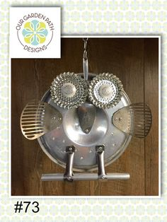 Recycled Metal Art, Recycled Crafts, Owl Socks, Mountain Crafts, Salvage Parts, Garden Owl, Owl Crafts, Silver Trays, Metal Birds