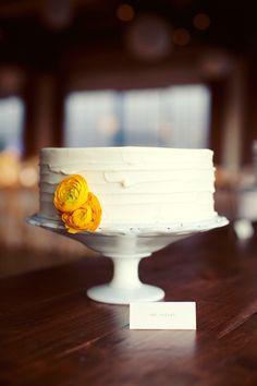 custom-wedding-cake-single-tier-white-texture-ranunculus.jpg