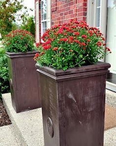 Ordinaire 29 Easy Spray Paint Ideas That Will Save You A Ton Of Money | Getting  Crafty | Pinterest | Large Outdoor Planters, Paint Ideas And Spray Painting