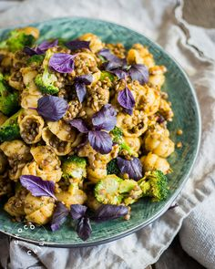 Paahdettu parsakaali-pastasalaatti | Chocochili
