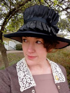 Festive Attyre: more adventures with cheap straw hats....tutorial