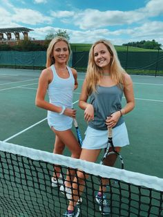 Girl's Tennis : Best Friend Pictures, Bff Pictures, Summer Pictures, Friend Pics, Tennis Pictures, Sports Pictures, High School, Tennis Clothes, Tennis Outfits