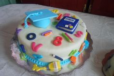torta promocion de prescolar Kindergarten Party, School Cake, Party Cakes, Cookie Decorating, Cake Pops, Birthdays, Food And Drink, Birthday Cake, Candy