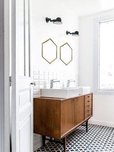 Arredare il bagno con mobili di modernariato