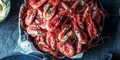Verdens enkleste hjemmelagde sylte | Coop Mega Fish And Seafood, Chorizo, Ratatouille, Fish Recipes, Shrimp, Spicy, Meat, Ethnic Recipes, Cilantro