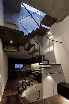 Apollo Architects | 'Lattice House' | 2013 | Tokyo, Japan | http://www.kurosakisatoshi.com/