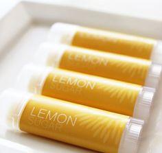 lemon balm Small Things Blog, Just Girly Things, Lemon Sugar, Lemon Balm, Lip Balm, Aromatherapy, Bath And Body, Remedies, Lips