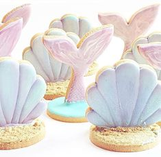 Mermaid cookies by Milk Shakes, Cake Decorating Supplies, Cookie Decorating, Mermaid Cookies, Mermaid Parties, Painted Cakes, Royal Icing Cookies, Sugar Cookies, Cookie Designs