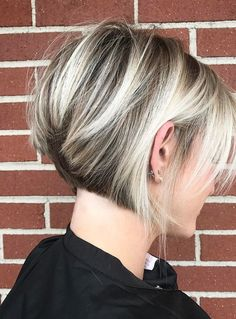 Hairstyles Trends – Chic and eye-catching bob hairstyles - Best New Hair Styles Short Hair Model, Short Hair Cuts, Short Hair Styles, Bob Styles, Short Inverted Bob Haircuts, Short Bob Hairstyles, Woman Hairstyles, Long Haircuts, Hairstyles 2018