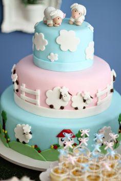 New cake pops rezepte deko ideas Baby Shower Cakes, Baby Cakes, Fondant Cakes, Cupcake Cakes, Bolo Laura, Sheep Cake, Lamb Cake, Animal Cakes, New Cake