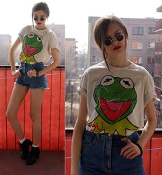 Sh Tshirt With Kermit, Sh Shorts, H&M Boots