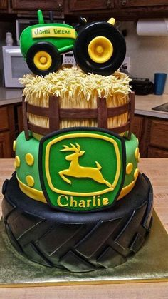 john deere cakes | John deere cake @Chantel Waterbury Waterbury Waterbury Farwell | Cake