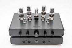 Review of the Woo Audio WA33 balanced headphone amplifier. https://audio-head.com/review-woo-audio-wa33-balanced-headphone-amplifier/