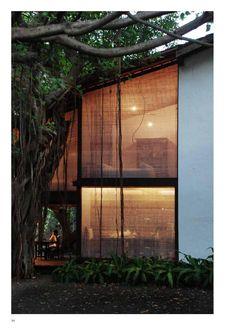 Reading room from Studio Mumbai. - Reading room from Studio Mumbai. Indian Architecture, Interior Architecture, Building Architecture, Sustainable Architecture, Interior Exterior, Exterior Design, Estudio Mumbai, Backyard Studio, Reading Room
