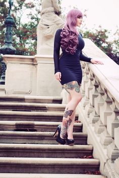 I love her hair color Tattoo Girls, Girl Tattoos, Diesel Punk, Psychobilly, Rock And Roll, Color Fantasia, Straight Edge, Sexy Thoughts, Grunge