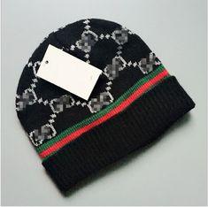 newest b1fa1 a111b Black Unisex Knit Beanie Hat Silk Wool Blend 100%NEW