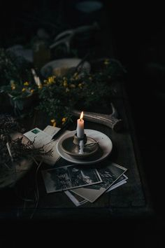 Food photography / visual storytelling workshop in beautiful south of England – Burning candle, dark photography, flowers Dark Green Aesthetic, Gothic Aesthetic, Slytherin Aesthetic, Witch Aesthetic, Book Aesthetic, Aesthetic Pictures, Travel Aesthetic, Artist Aesthetic, Aesthetic Tattoo