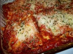 Best lasagna you'll ever eat, easy recipe!
