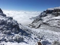 snow-kzn-south-africa Snow Sani Mountain Lodge Lesotho Border 5 October 2016  #snow #Drakensberg  #KZN