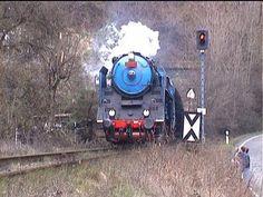 "Parní lokomotiva  498.022 ""Albatros"" Trains, Montages"