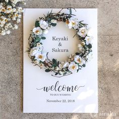 Wedding Welcome Board, Welcome Boards, Wedding Signs, Wedding Cards, Diy Wedding, Wedding Arrangements, Flower Arrangements, Flower Decorations, Wedding Decorations