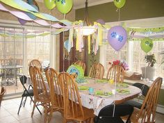 Love the layout and use of coordinating colors - really works well together - similar thing can be done for a PAW Party but with red and blue. Paw Patrol Birthday Theme, Dog Birthday, Birthday Cakes, Birthday Ideas, Birthday Party Decorations, Party Themes, Paw Patrol Party Supplies, Puppy Images, Coordinating Colors