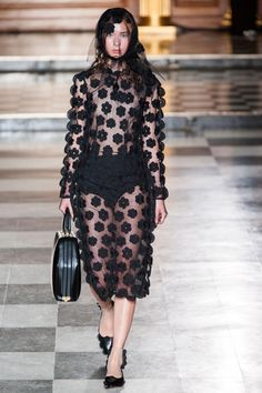 Pin for Later: Simone Rocha Rains Her Bit of Fluff over London Fashion Week Simone Rocha Spring 2015