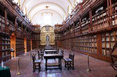 Palafoxiana, primera biblioteca pública del mundo en Puebla