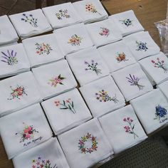 Awesome handkerchief embroidery patterns , If you are good at one of the crucial picture design tool and have good arms at it, then that you may make use of Handkerchief Embroidery, Hand Embroidery Stitches, Hand Embroidery Designs, Vintage Embroidery, Ribbon Embroidery, Embroidery Thread, Cross Stitch Embroidery, Embroidery Patterns, Embroidery Tattoo