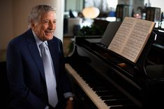 Tony Bennett, John Mayer, Lady Gaga, I Wish You Well, Great American Songbook, Mtv Unplugged, Legendary Singers, Life Is A Gift, Alzheimers