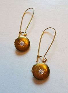 Vintage 1950s Brass Round Locket Earrinngs with by LaPlumeNoir, $26.00
