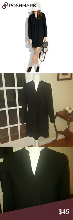 Madewell black tunic dress size XS Madewell black tunic style long sleeve dress. Size XS, would also fit a small, my mannequin is a size 4.  Excellent like new condition, perfect to dress up or down. Bundle and dave, I have LOTS of dresses. Madewell Dresses Mini