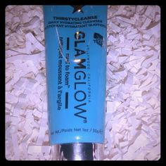 Glamglow Thirstycleanse Glamglow Thirstycleanse Daily Hydrating Cleanser Mud to Foam Deluxe Beauty Sample Size .5 oz Glamglow  Makeup