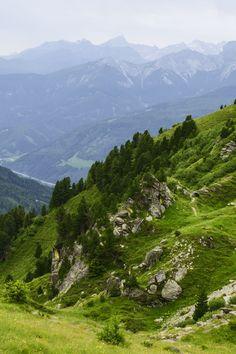 Tyrol Austria [OC] [2176x3264] K--K http://ift.tt/2tyxay5 June 30 2017 at 01:44PMon reddit.com/r/ EarthPorn