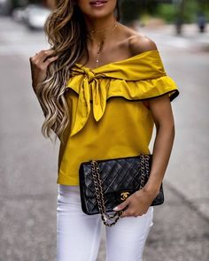 / off-the-shoulder blouse in yellow with accessories / Chic Outfits, Summer Outfits, Fashion Outfits, Womens Fashion, Fashion Trends, Bluse Outfit, Moda Formal, Casual Elegance, Office Fashion