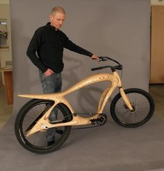 """Here is a wooden cruiser bike designed and built by Ati Bekes. It won """"Best Of Show """" award at the Western Design Conference in Jackson Hole, Wyoming in September Wooden Bicycle, Wood Bike, Wood Wood, Velo Design, Bicycle Design, Art Design, Wood Worker, Cool Bicycles, Bike Art"""