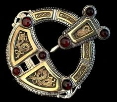 roscrea brooch , based on the Roscrea Brooch from Tipperary, Ireland  9th Century.