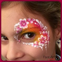 Pnina Hanoka flower eye design