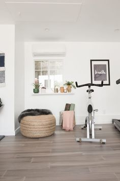 Home Decoration Ideas Living Room Mr. Kate - Turning Our Gross Garage Into a Beautiful Home Gym.Home Decoration Ideas Living Room Mr. Kate - Turning Our Gross Garage Into a Beautiful Home Gym Diy Home Gym, Home Gym Decor, Gym Room At Home, Workout Room Home, Home Gym Garage, Workout Rooms, Cheap Home Decor, Workout Room Decor, Home Yoga Room