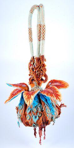 сумочка цветок магнолии дизайнер Анжелика Моцкин